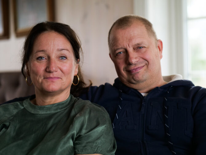 Fosterforeldrene Gunni og Frode Banggren.