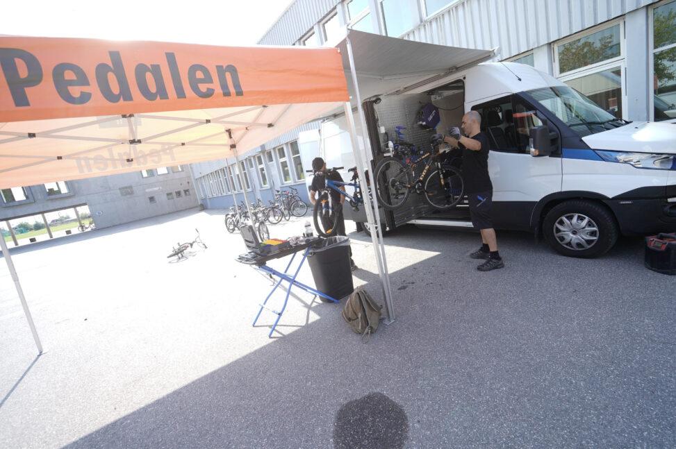 Rullende sykkelverksted er del av Kirkens Bymisjons Pedalen